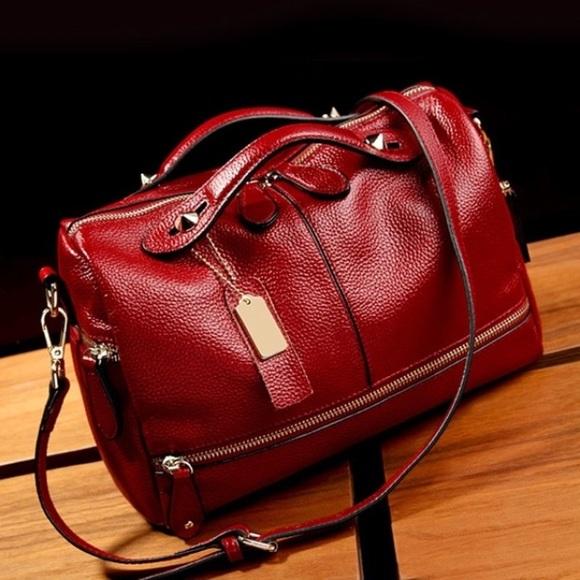 Handbags - Love red? This is it! Handbag/Shoulder bag in one